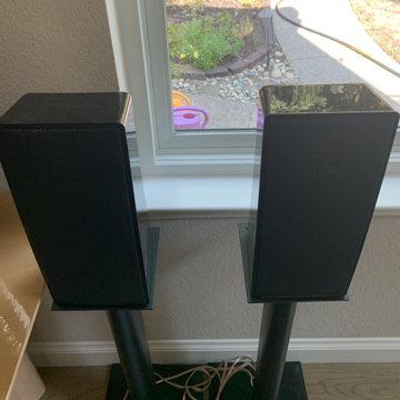 Motion 4 Bookshelf Speaker Pair