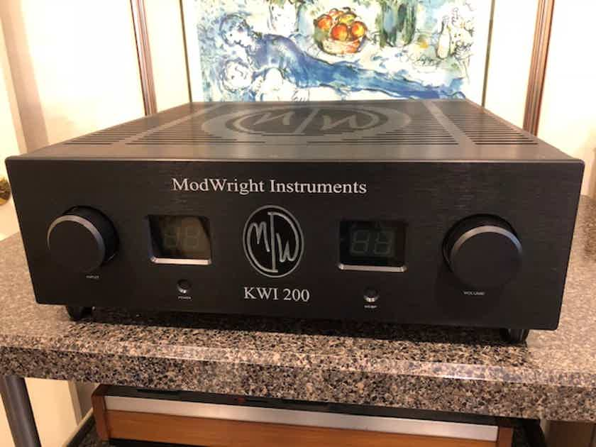ModWright KWI 200 Integrated Amplifier with Phono-Reduced