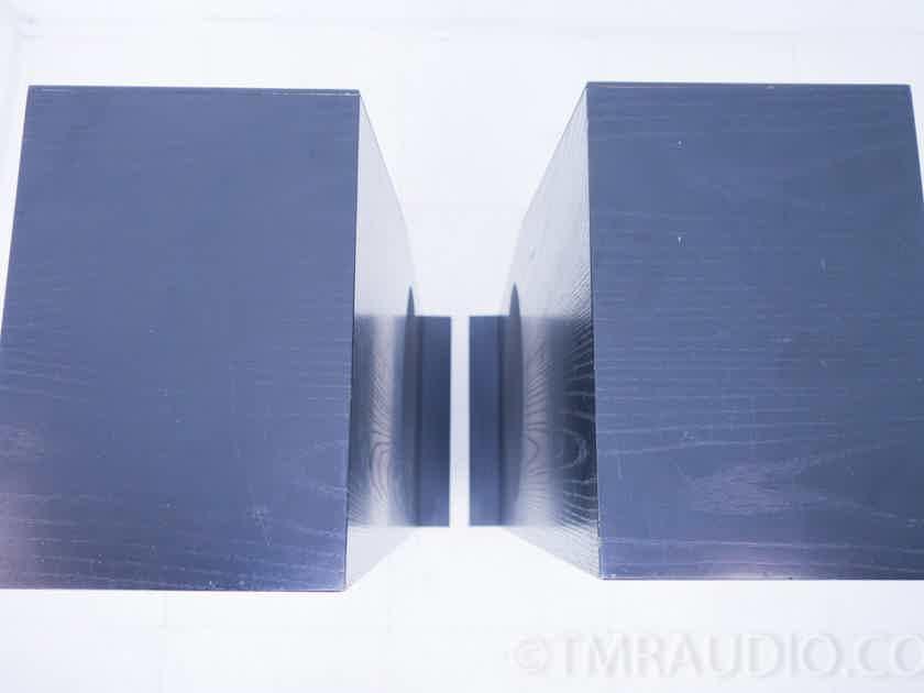 JBL L7 Floorstanding Speakers; Pair Black (10001)