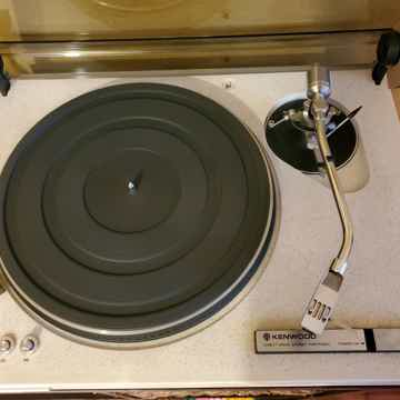 Kenwood KD-550 Direct Drive Turntable