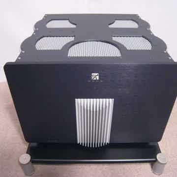Simaudio Moon Titan HT-200 5-Channel Amplifier - Indust...
