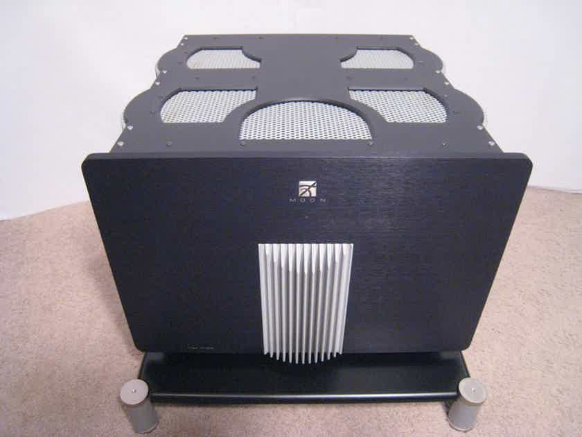 Simaudio Moon Titan HT-200 5-Channel Amplifier - Industry Reference!