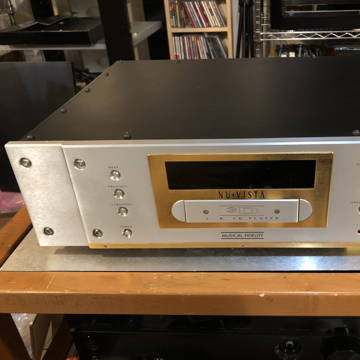 Musical Fidelity Nu-Vista 3D Tube CD Player