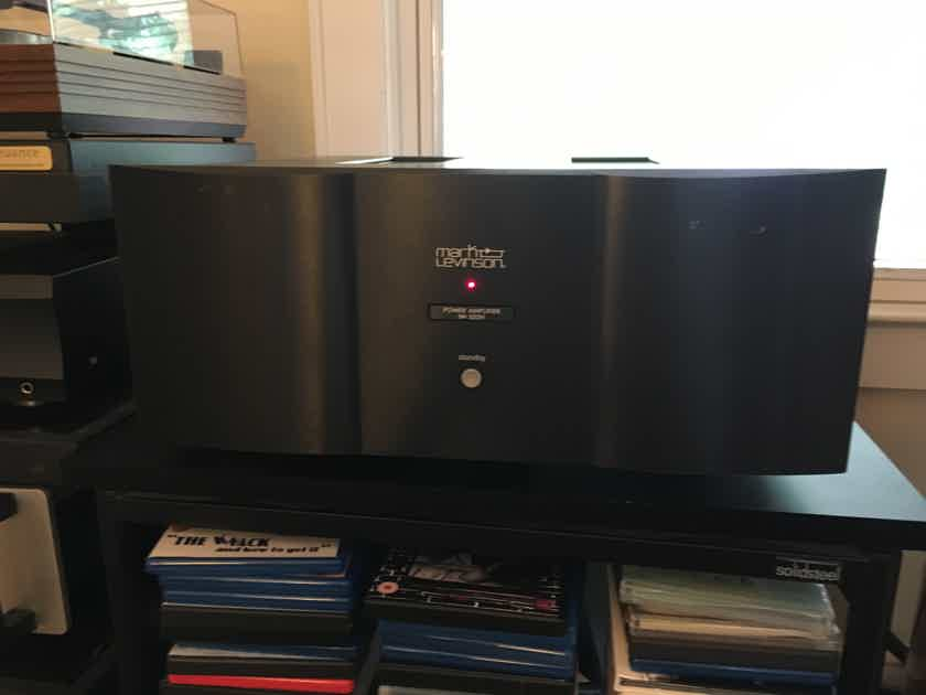 Mark Levinson No. 532H Solid State Two-Channel Amplifier