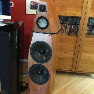 Avalon Acoustics Isis
