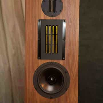 Evoke Eddie Speakers