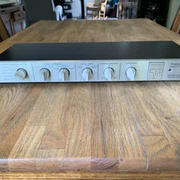 Threshold FET TEN HL PREAMP