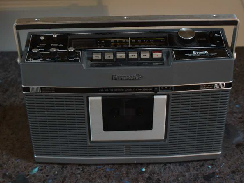 Panasonic RS-460S Boombox