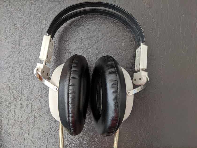 Stax SR-5 Electrostatic Headphones With SRD-7 Adapter