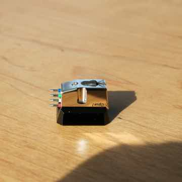 Air Tight Opus 1 Phono Cartridge
