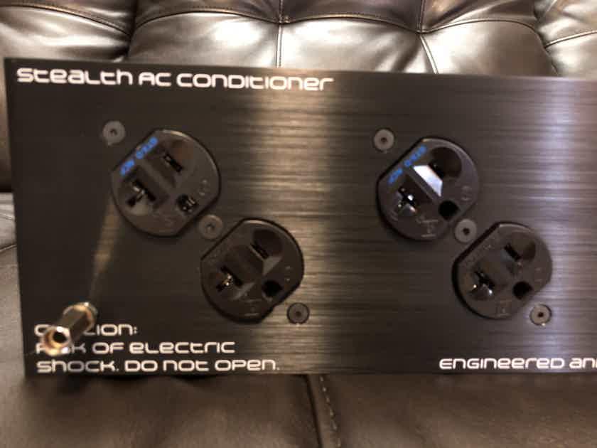Bybee Tweek Geek Dark Matter Stealth Power Conditioner * Excellent Condition *