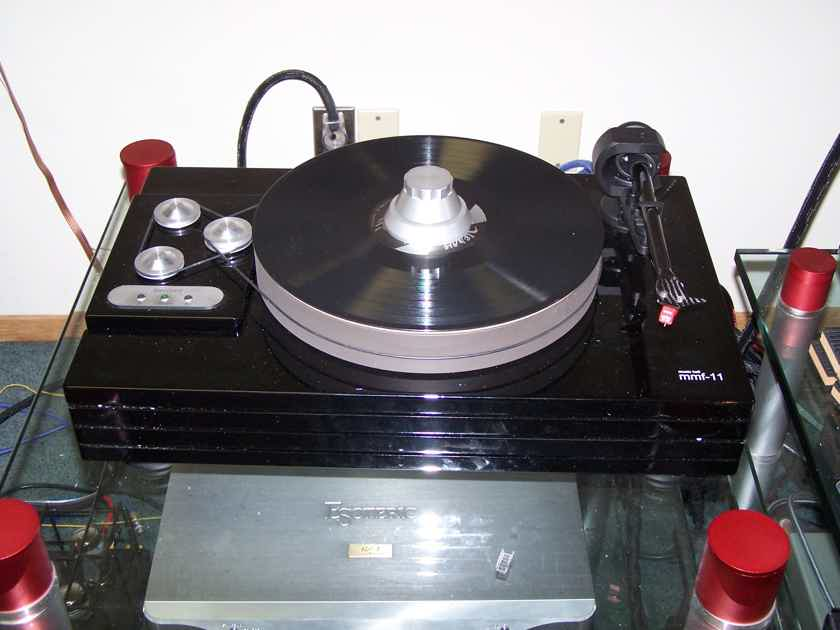 Music Hall mmf-11 Amazing Turntable