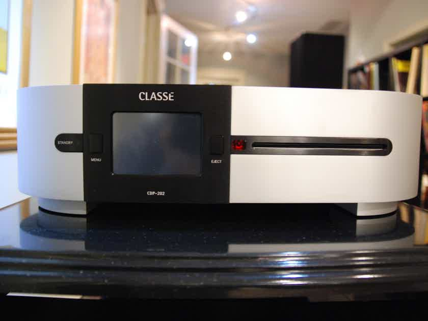 Classe CDP-202 One owner. Excellent condition.