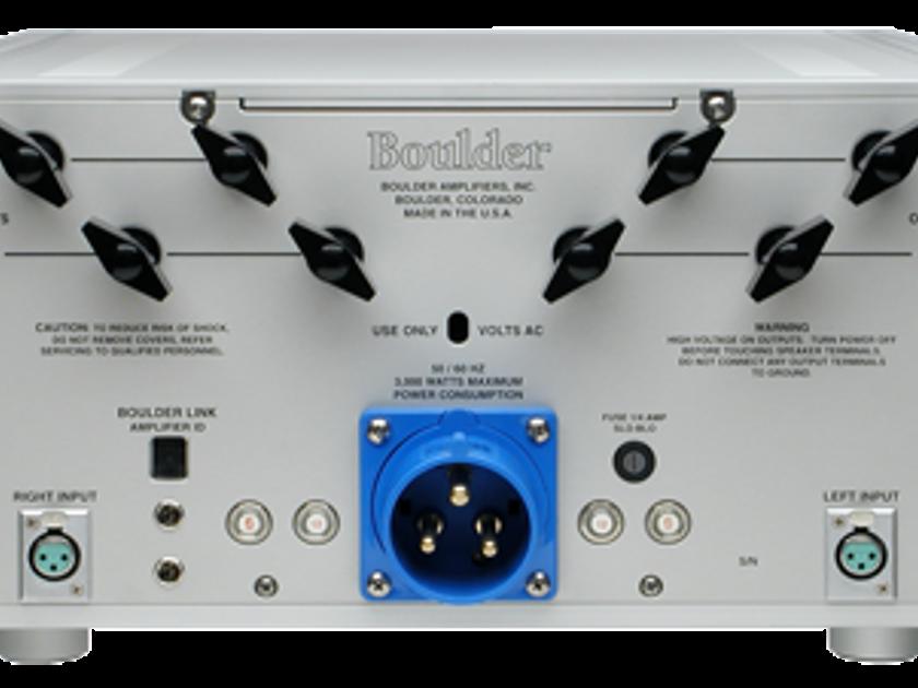Boulder 1060 Stereo Amplifier