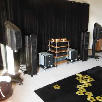 Wilson Benesch A.C.T. One Evolution High Gloss Burl Wal...