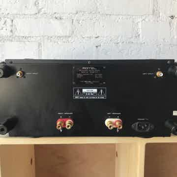 Rotel RHB-10 Stereo Power Amplifier
