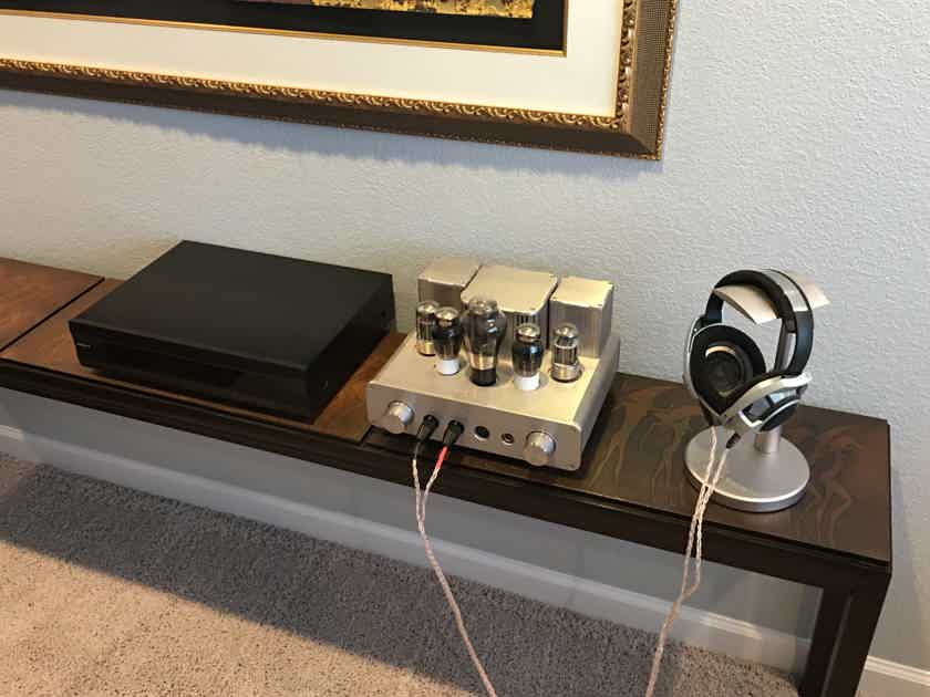 Woo Audio WA22 Tube Headphone Amp,  Sennheiser HD800 Headphones, Oppo BDP 95 CD/SACD/BluRay Universal Player