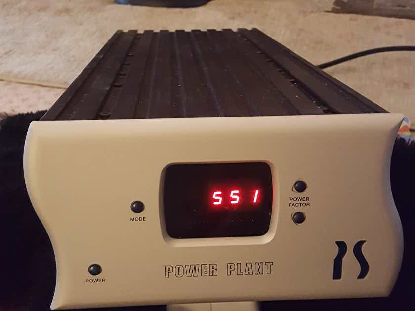 PS Audio P300 POWER CONDITIONER