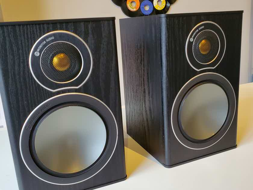 Monitor Audio Bronze 1 in Black PR.