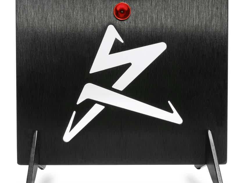 Synergistic Research UEF Performance Elevators set/4 - NEW - Get a FREE Orange Quantum Fuse
