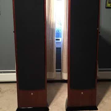 Revel  F208 Speakers :
