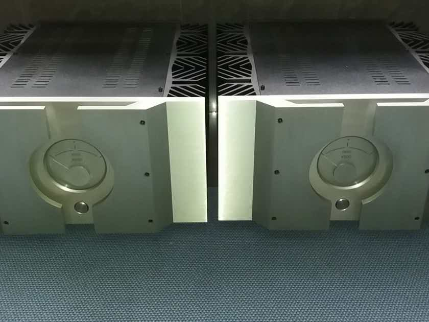 Pass Labs x600 Monoblocks Pair
