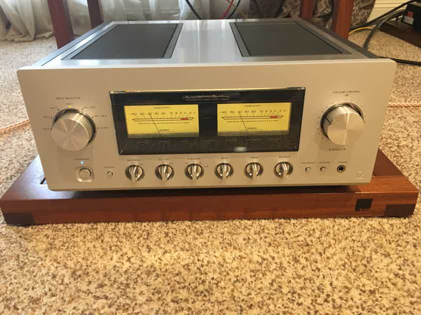 Luxman L-590AX Awesome Class A Integrated amp with phono stage!