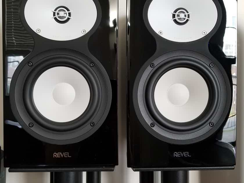 Revel Performabe M126be Black Pair Bookshelves Speakers